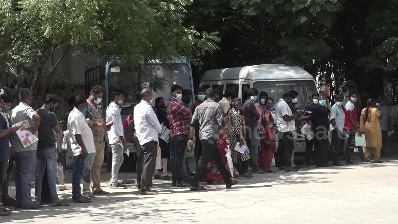 Hundreds queue at government counter selling drug used to treat COVID-19 in India