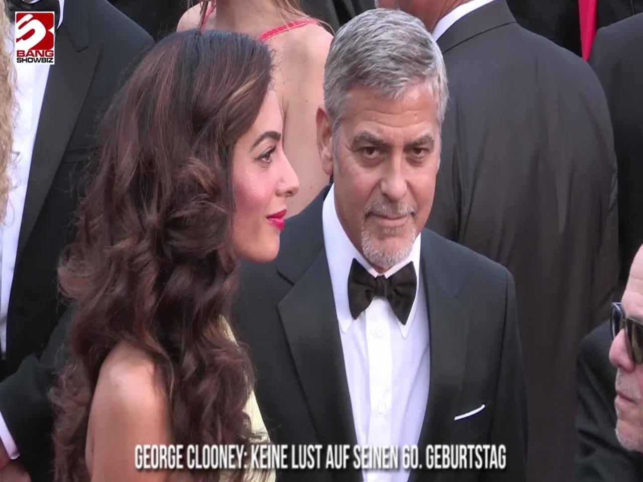 George Clooney ist ein Brad Pitt Super-Fan in einem urkomischen Spenden-Sketch