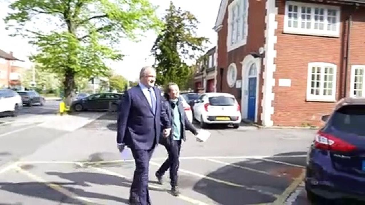 Ed Davey and Jonathan Bartley cast election votes