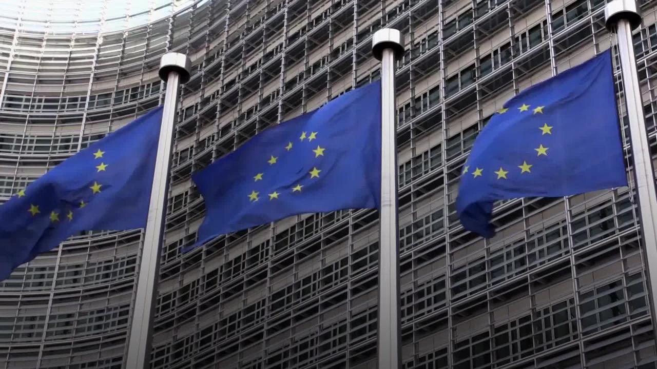 European Commission calls for 'restraint' amid UK-France fisheries dispute