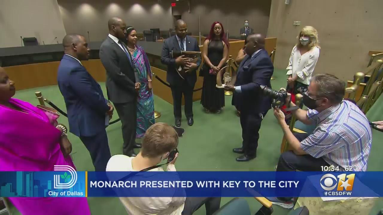 King Of Uganda Receives Key To The City Of Dallas