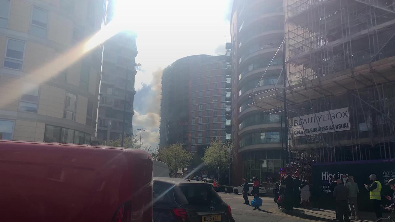 Blaze engulfs several floors of tower block near Canary Wharf