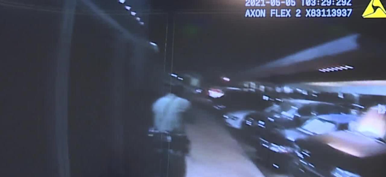 Police: Man 'shooting indiscriminately' at people, cars before Vegas officer shot him