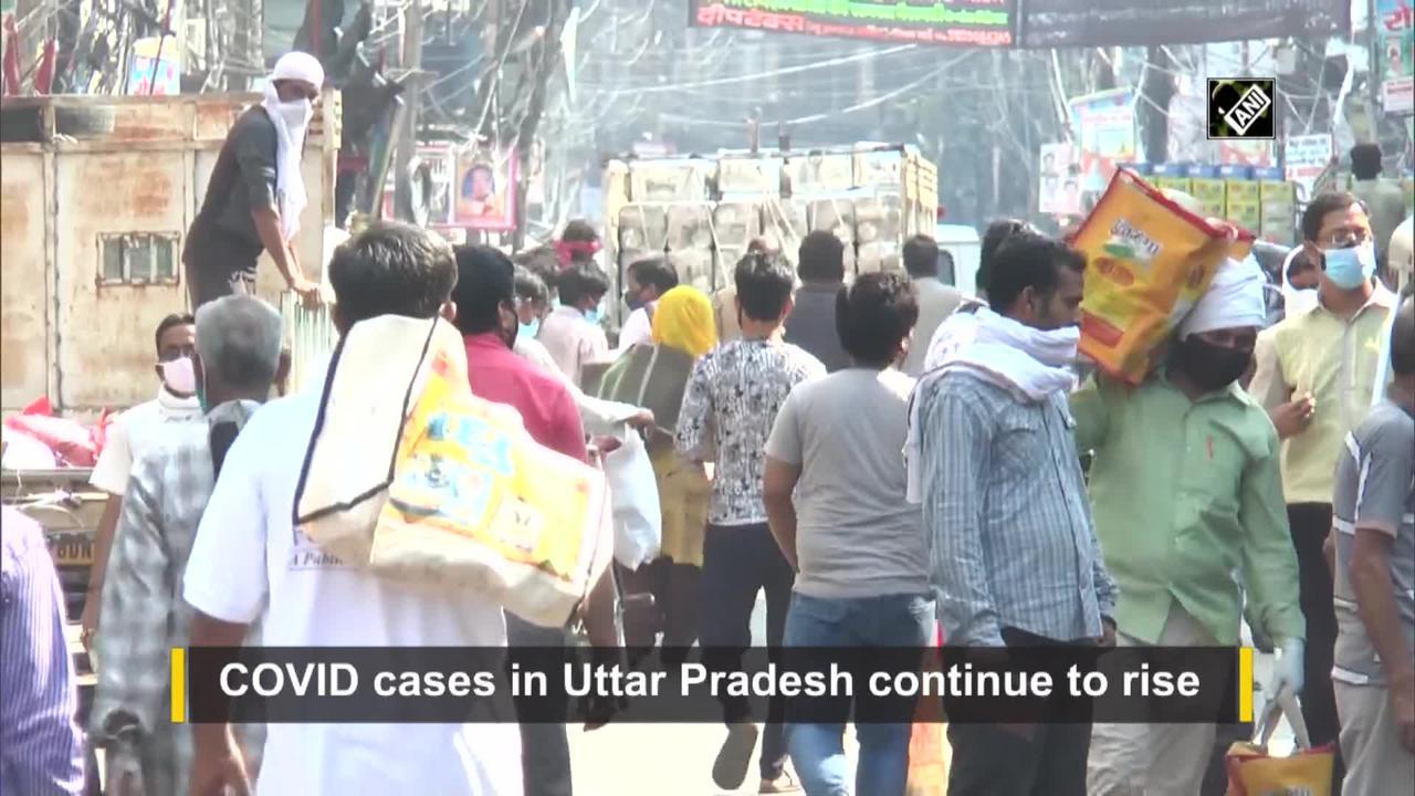 COVID: Crowd seen at Kanpur market despite of lockdown