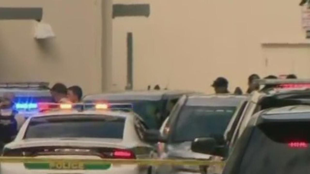 3 Injured In Aventura Mall Shooting