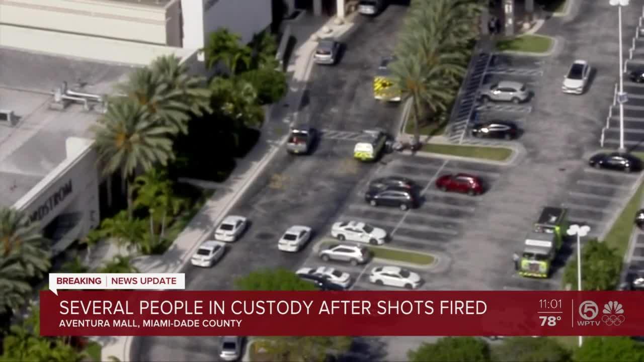 3 injured after shots fired inside Aventura Mall