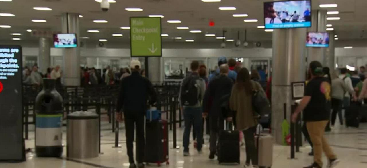 TSA reports record number of travelers over weekend amid pandemic
