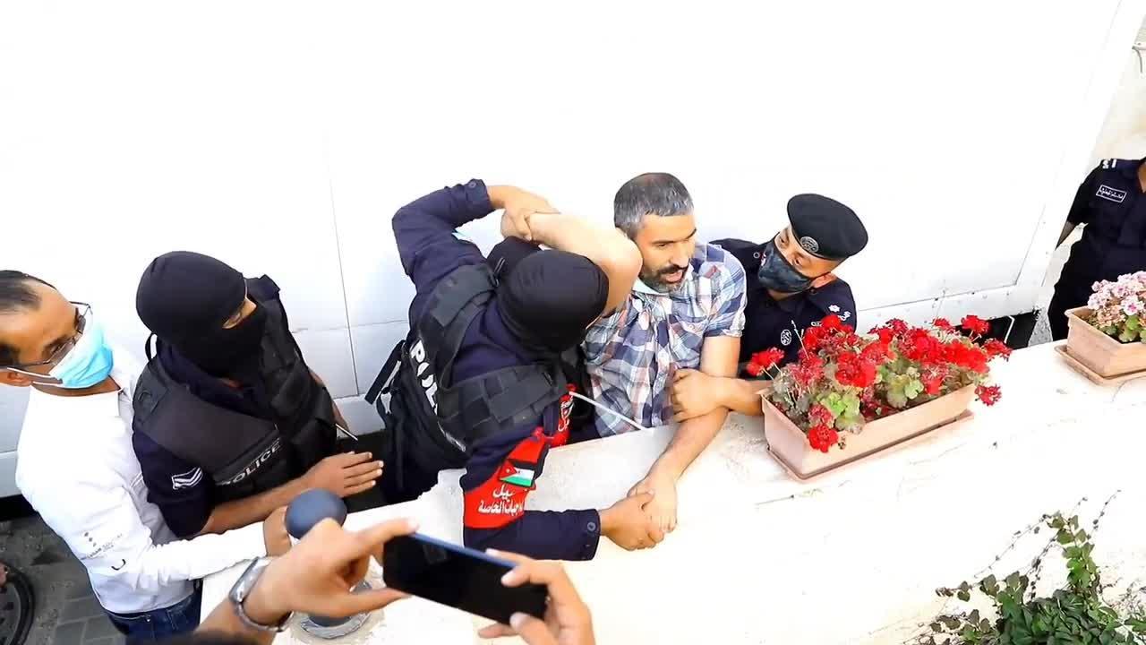 Arrests made as hundreds protest outside Israeli embassy in Jordan over Jerusalem evictions