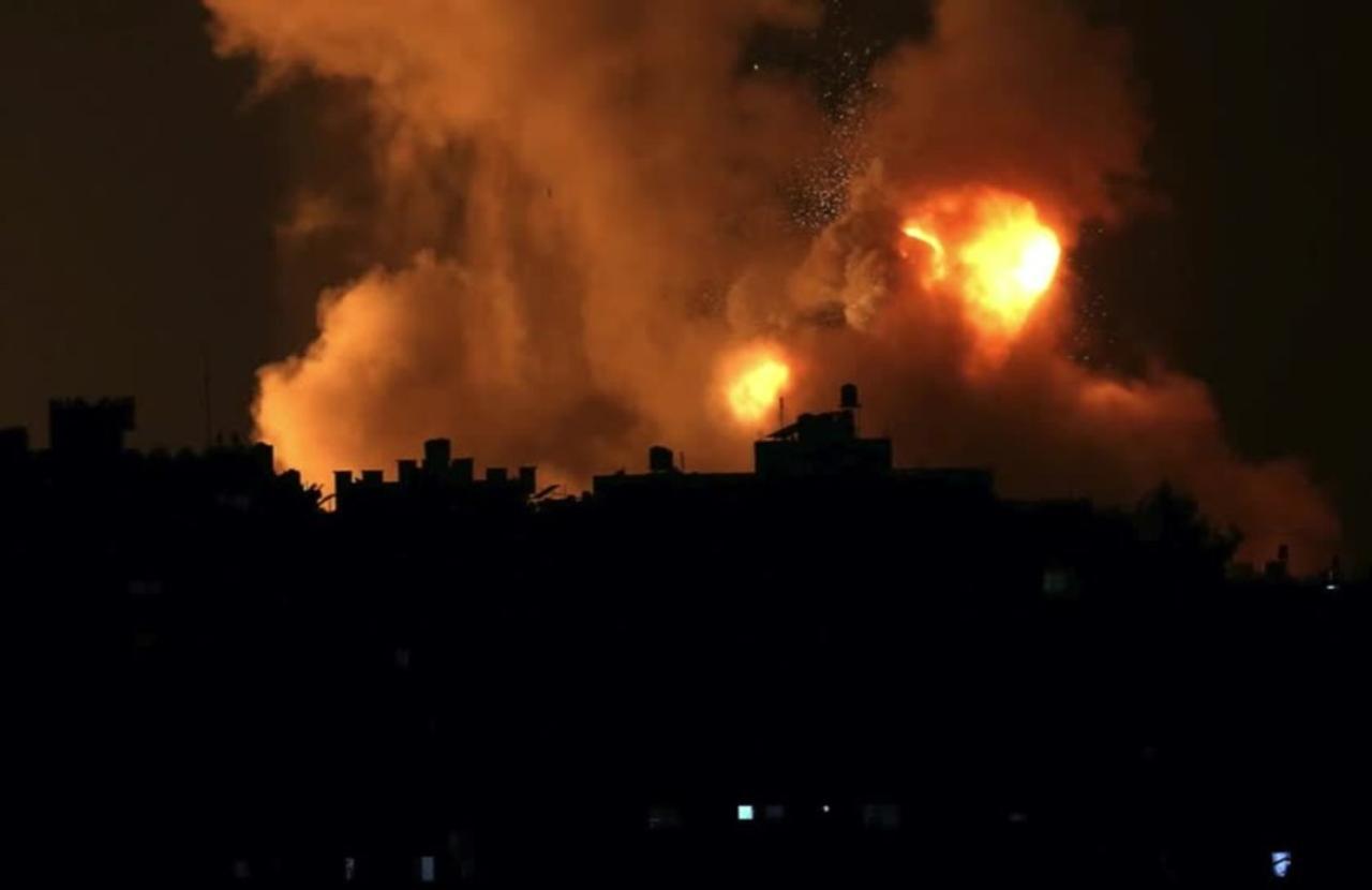 Israel airstrikes kill 20 in Gaza, Palestinians say