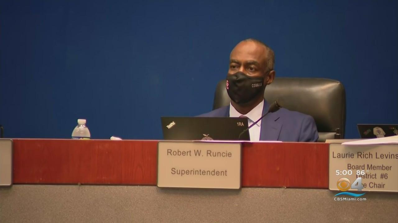 In 5-4 Vote, Broward School Board Approves Massive Exit Deal For Superintendent Robert Runcie