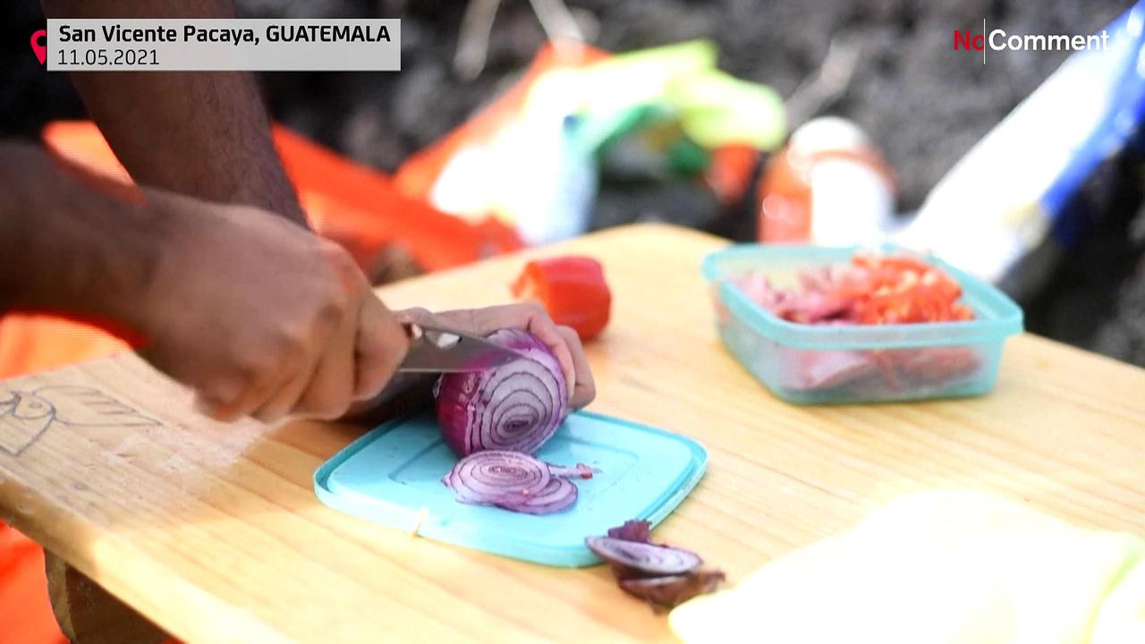 Guatemala's volcanic pizza chef uses lava-fired oven