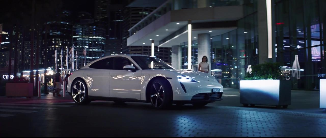 The soul of Sydney, electrified - the new Porsche Taycan