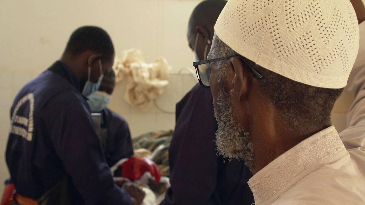 Senegal: Muslim volunteers bury unidentified COVID-19 victims