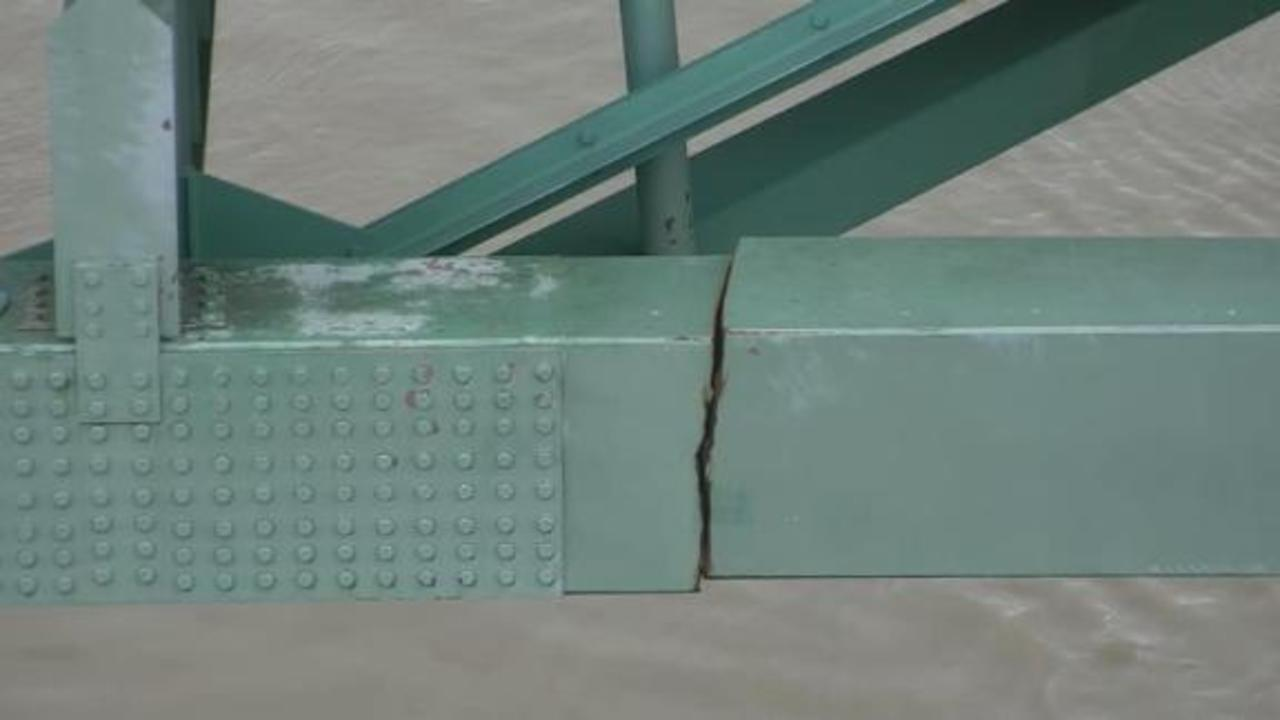 I-40 bridge closed after inspectors find this 'structural' crack