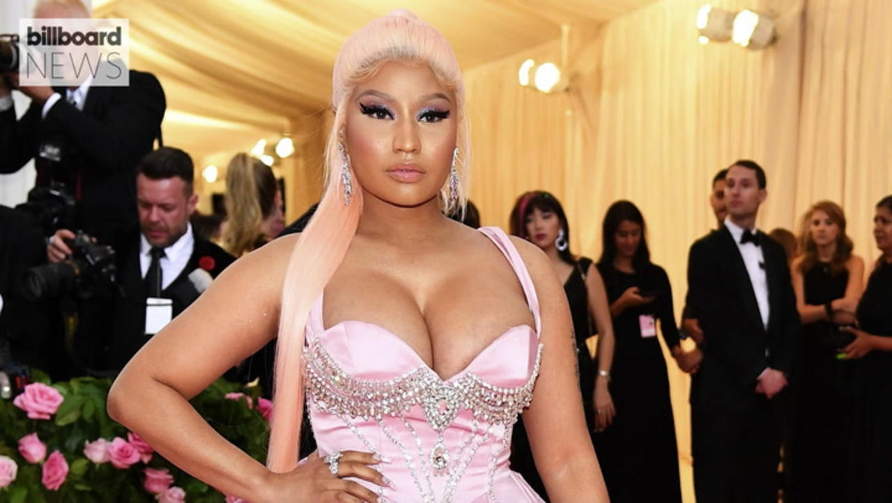 Nicki Minaj Returns to Music With 'Beam Me Up Scotty' Mixtape | Billboard News