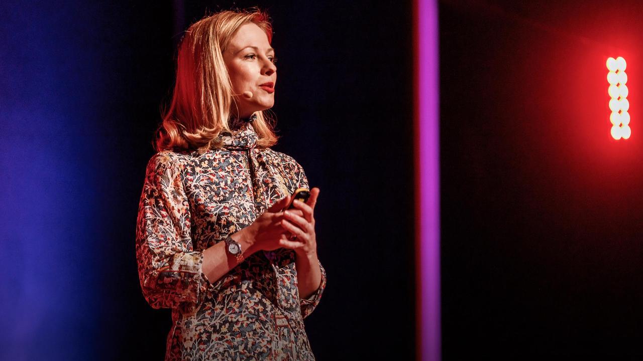 Why do we blame individuals for economic crises? | Liene Ozoliņa