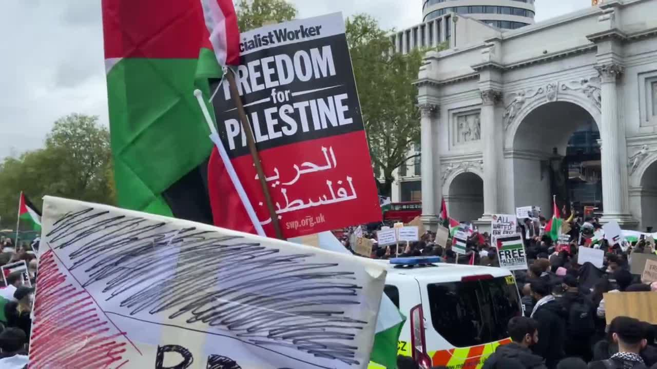 Free Palestine protest draws crowds, closes tube station at London's Marble Arch