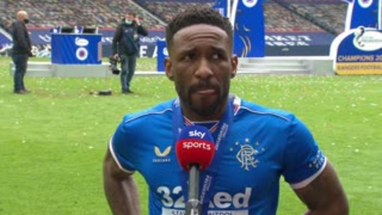 Defoe: I want to stay at Rangers forever