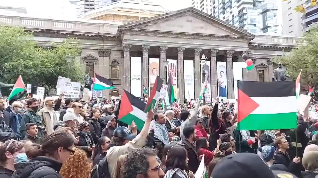 Thousands attend Free Palestine rallies in Melbourne and across Australia