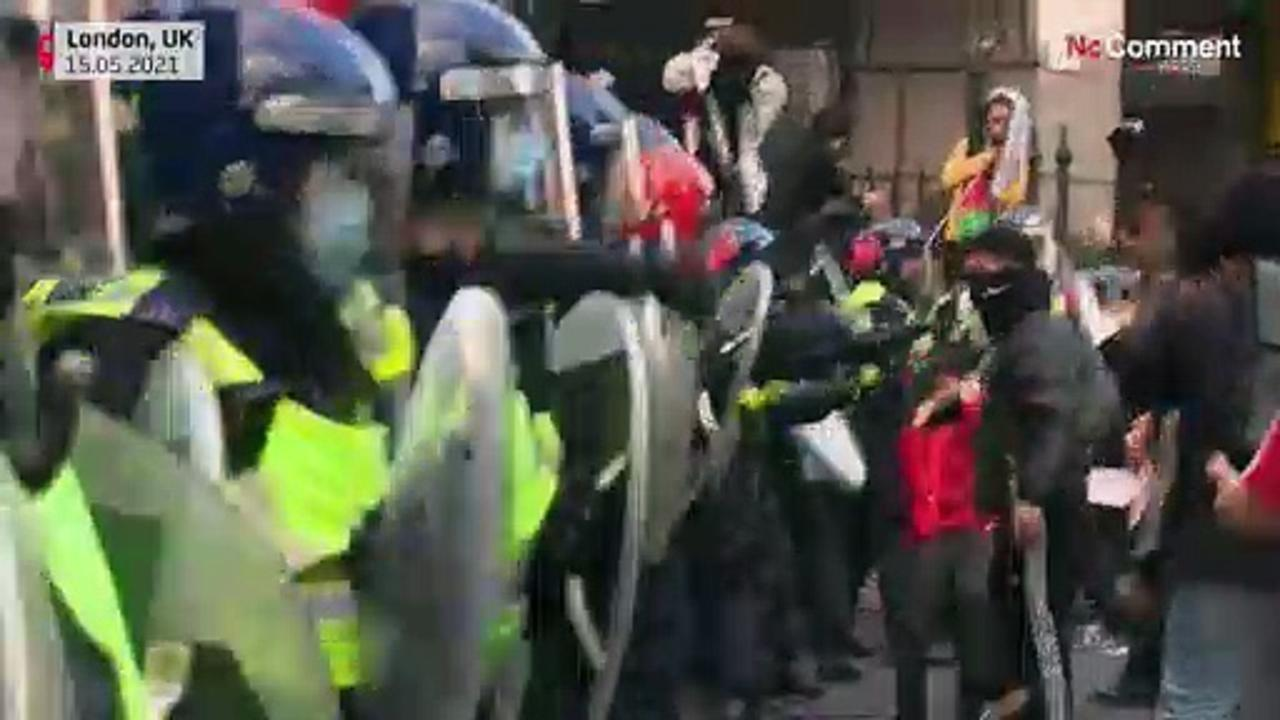UK police in standoff with protesters in London