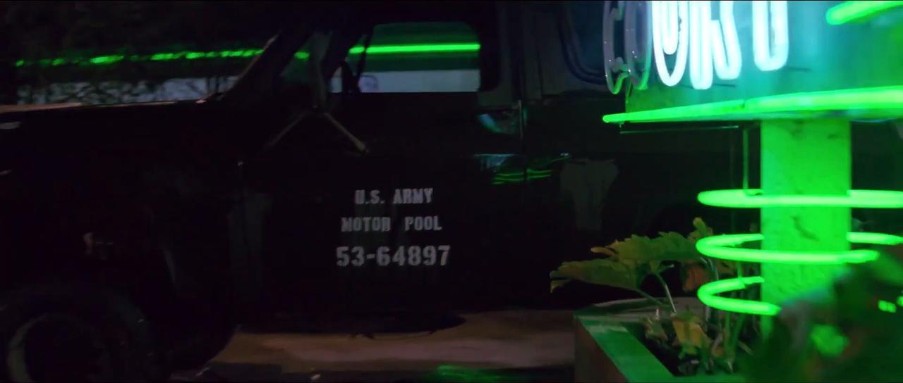 UNIVERSAL SOLDIER Movie Clip - Starring Jean-Claude Van Damme and Dolph Lundgren - Hotel Attack