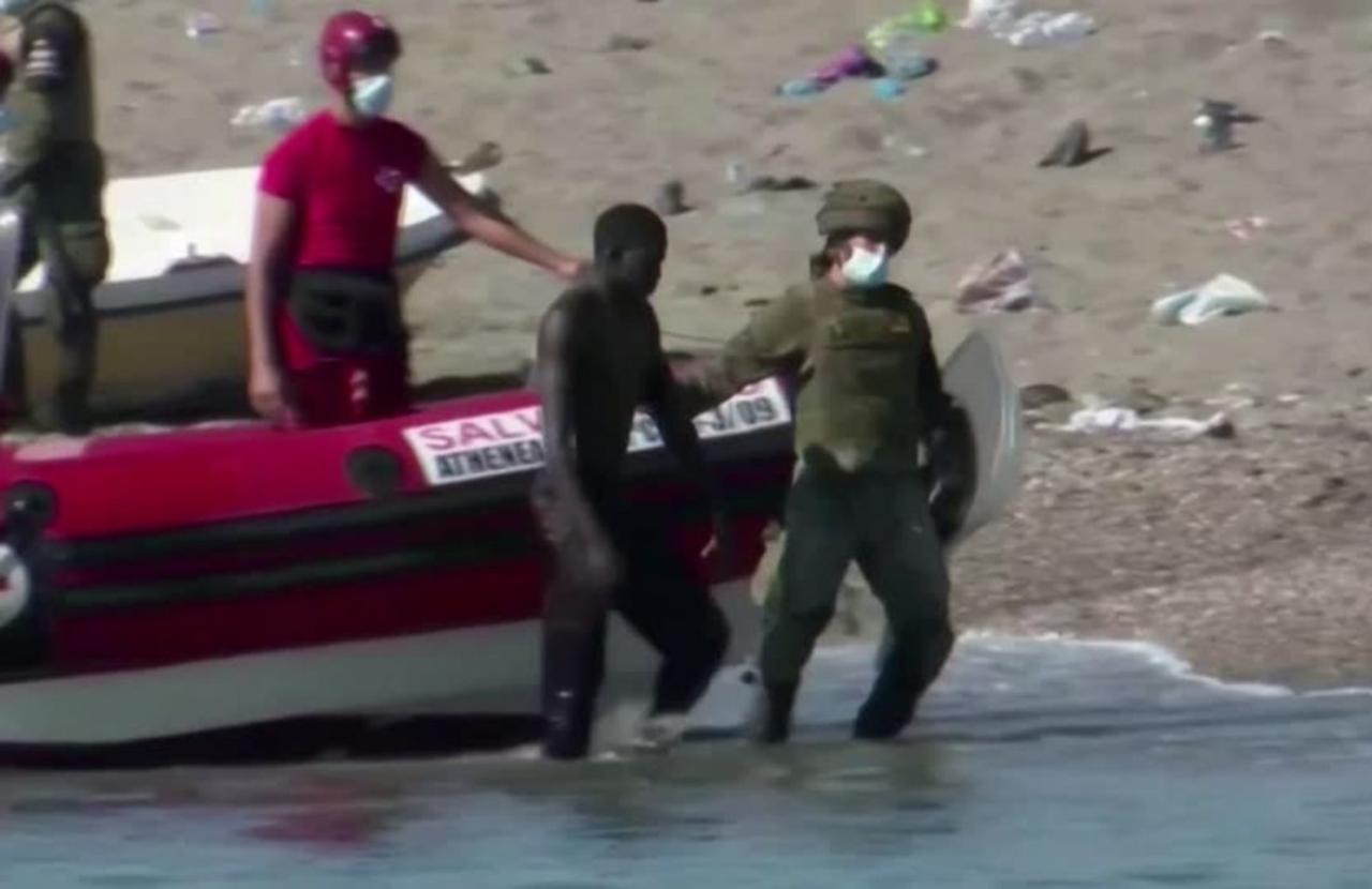 Mass deportations after Spain migrant surge