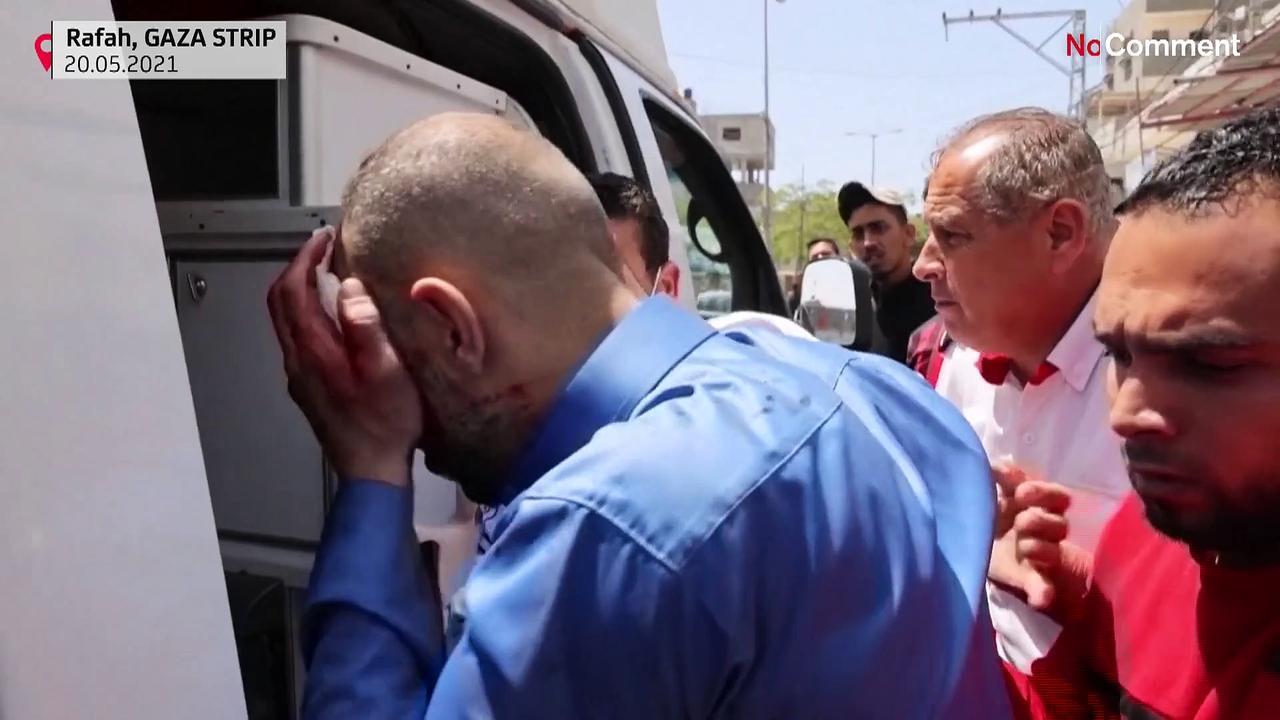 Israeli air strike hits building in southern Gaza Strip