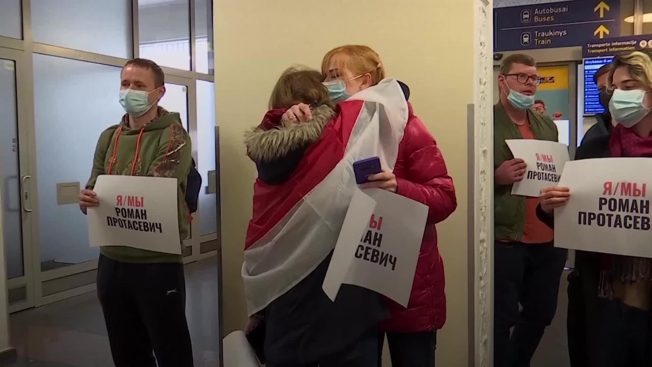 Belarus opposition figure detained after Ryanair flight diverted