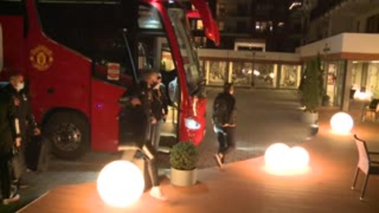 Man Utd squad arrive in Gdansk for Europa final