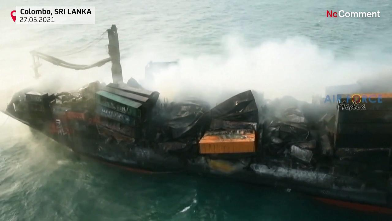 Fight to douse Sri Lanka ship fire continues