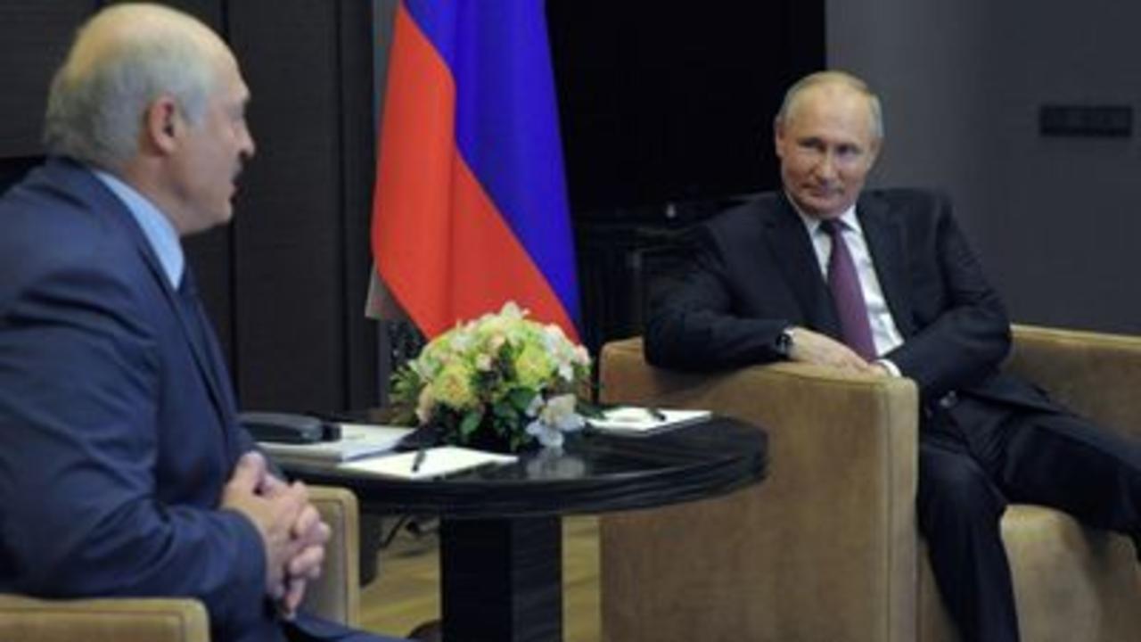 Putin and Lukashenko discuss plane diversion