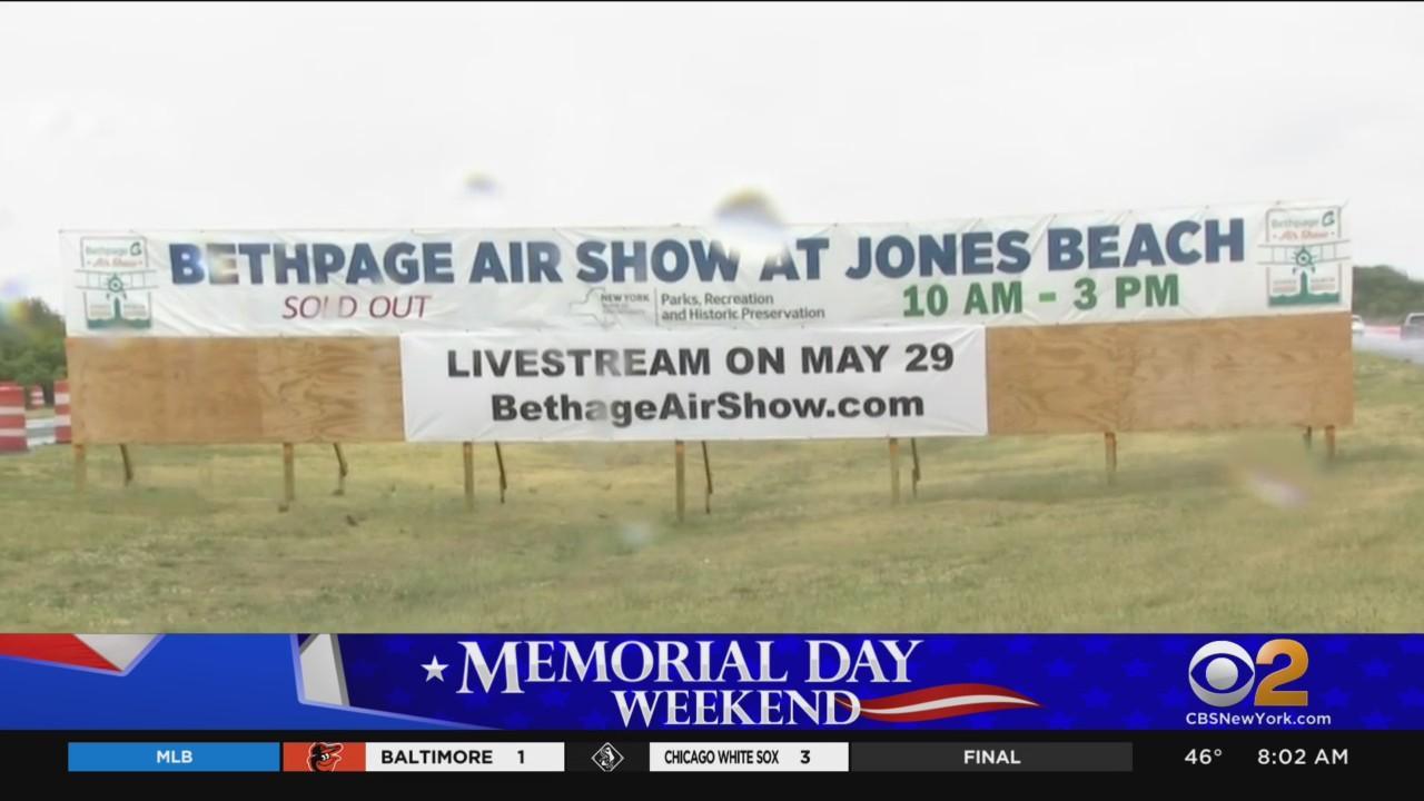 Rainy Weather Puts Damper On Memorial Day Weekend
