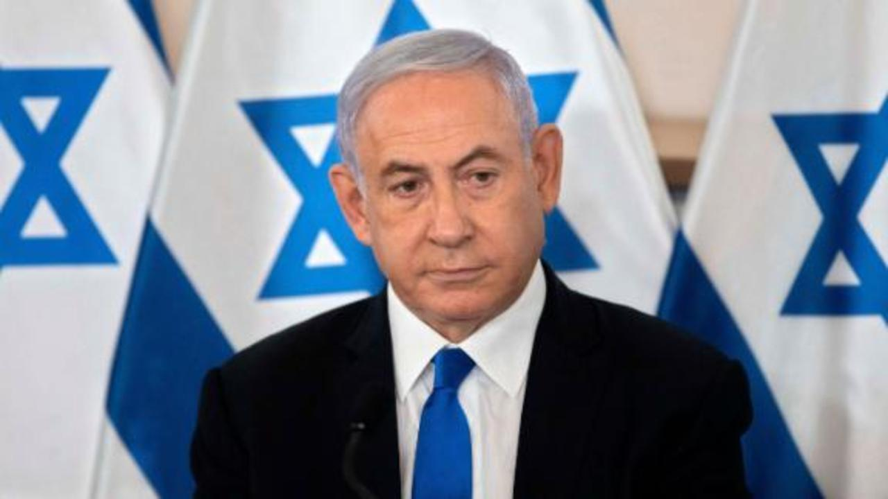 Right-wing Israeli leader joins coalition to oust Netanyahu