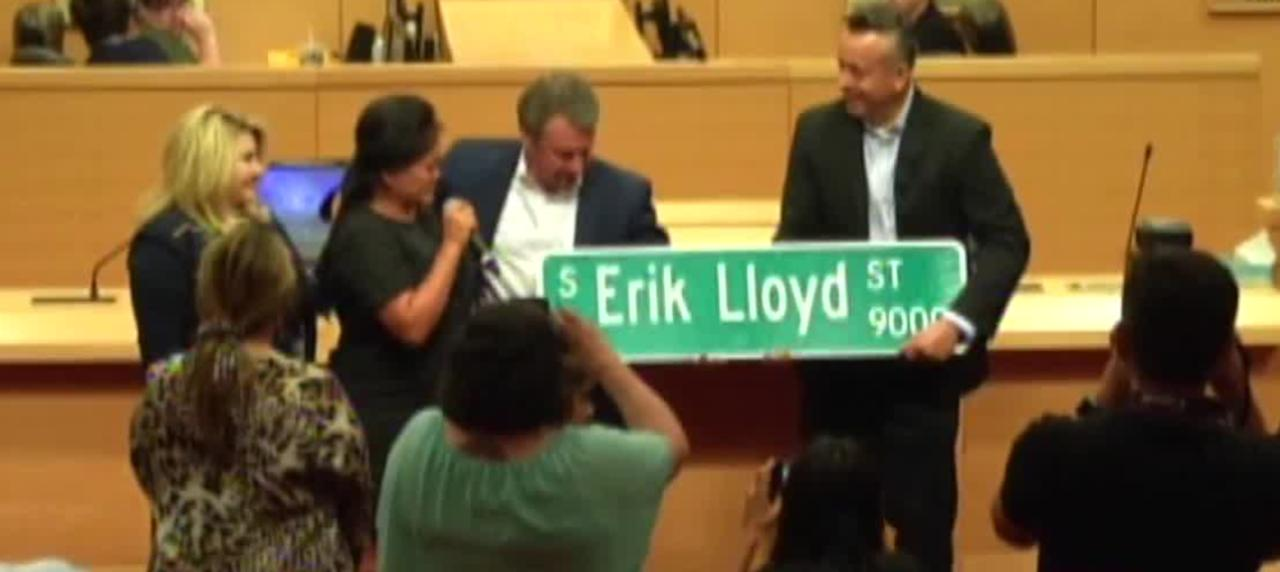 Las Vegas renames road in honor of fallen officer