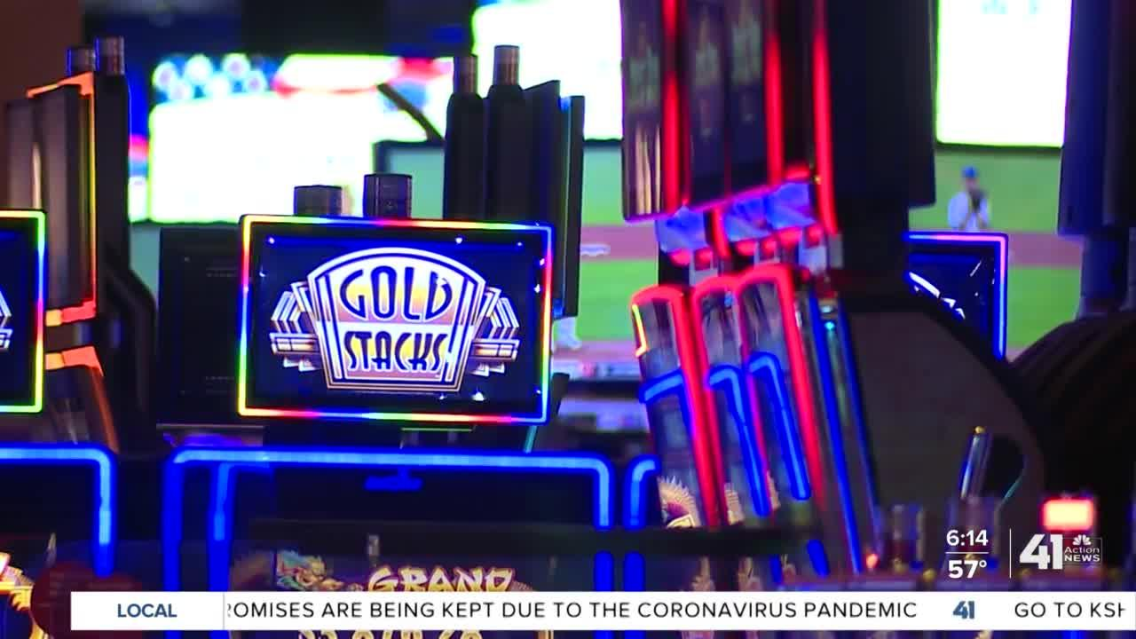 We're Hiring: Hollywood Casino is offering sign-on bonuses to entice applicants