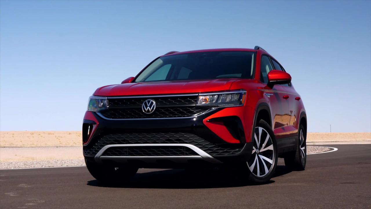 2022 Volkswagen Taos Design in Red