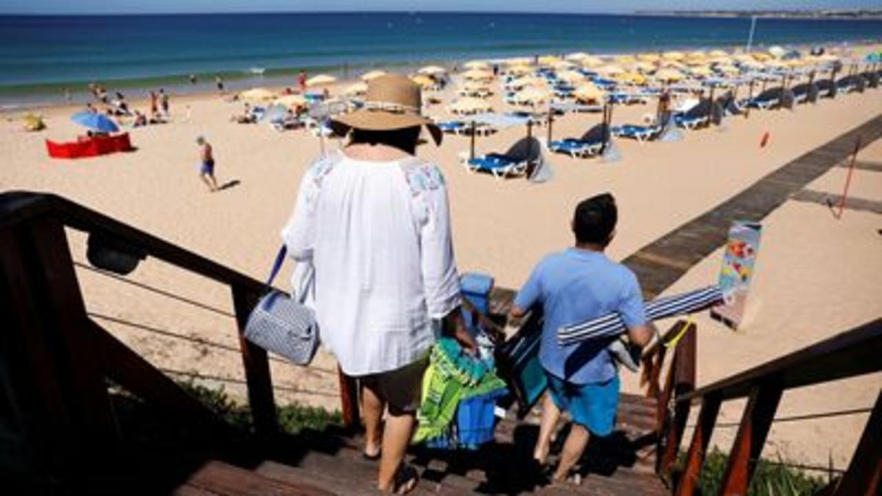 Algarve travellers hit by rule changes