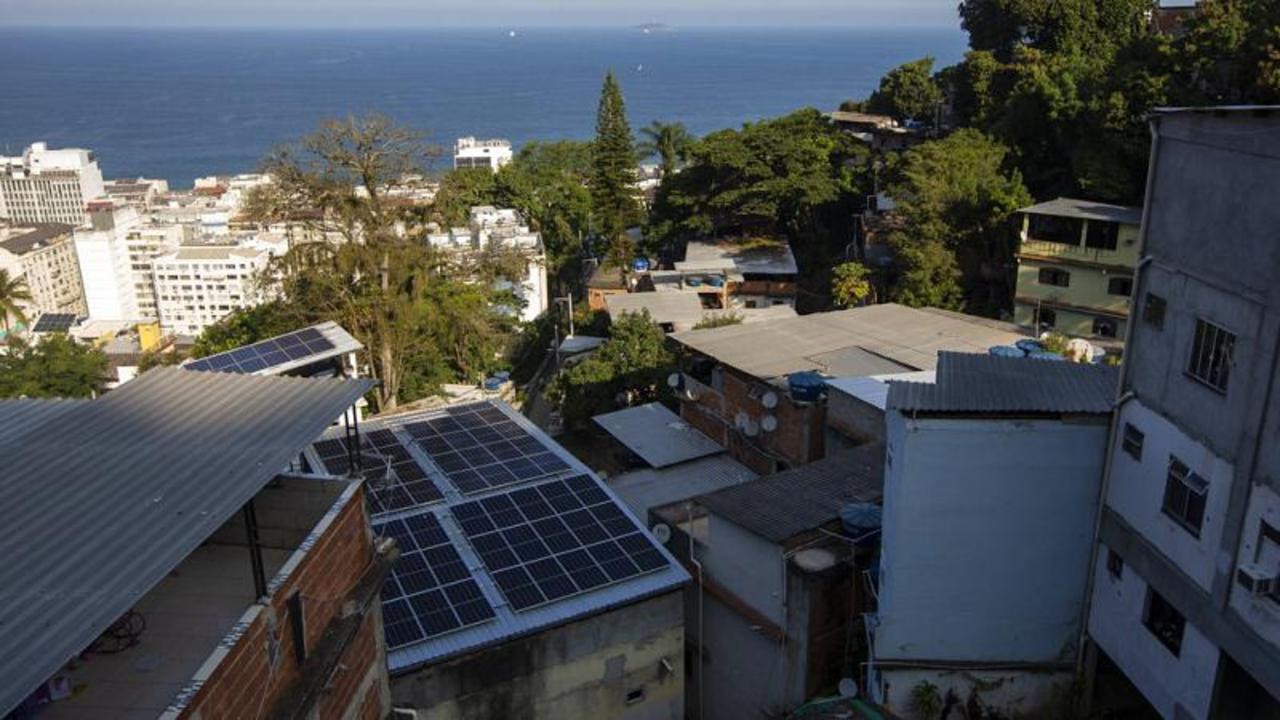 Energy-starved Rio favela enjoys solar panels on World Environment Day