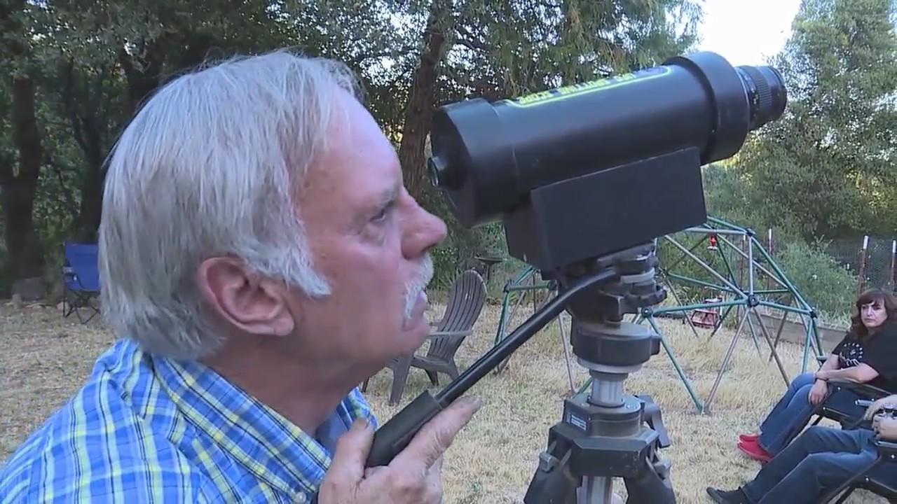 Group camping out in Placerville in hopes of spotting UFOs