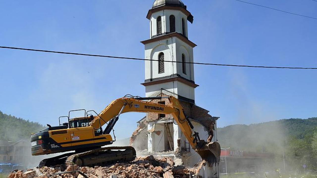 Illegal Serb church on Bosniak woman's land is destroyed