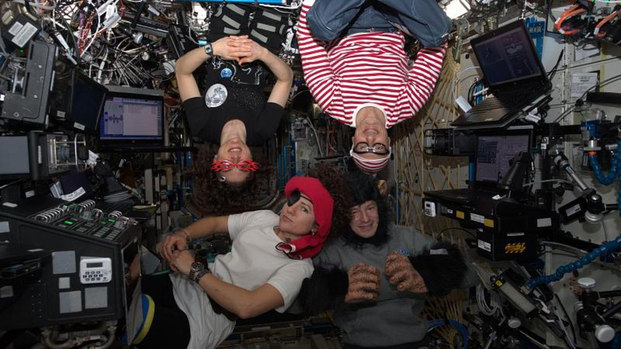 Ask Our Astronaut   How do you stay sane in space?