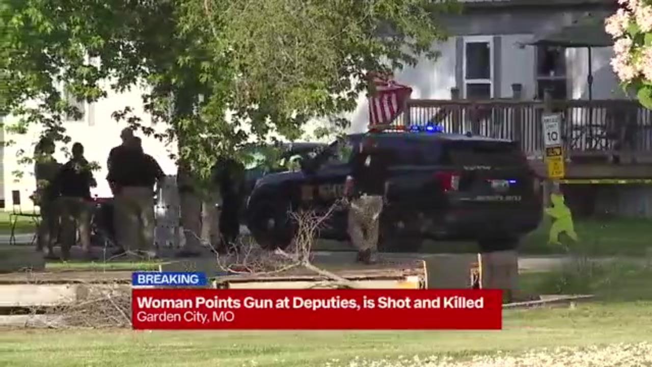 Sheriff's deputies shoot, kill Missouri woman who allegedly pointed gun at them