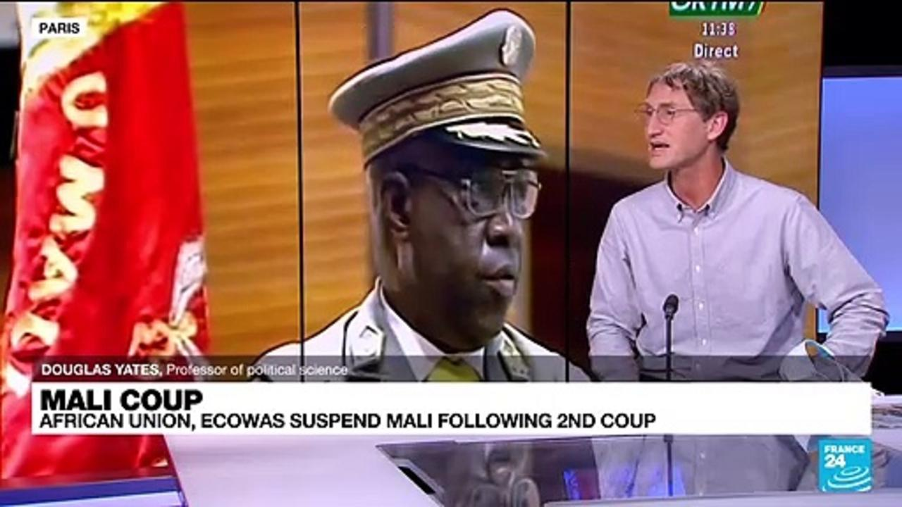 Mali coup: head of military junta Assimi Goita sworn in as president