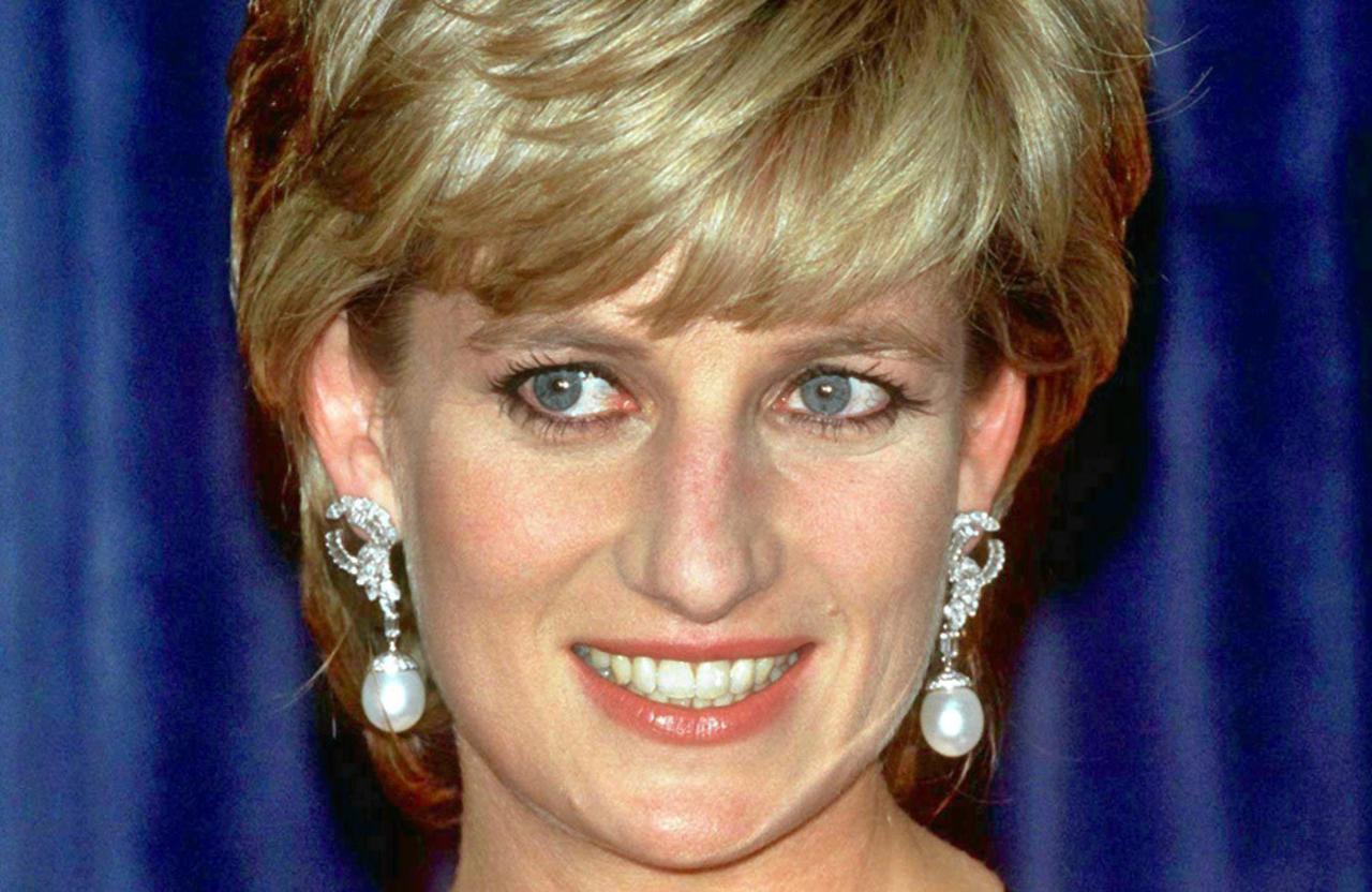 Princess Diana's Ford Escort to go for sale