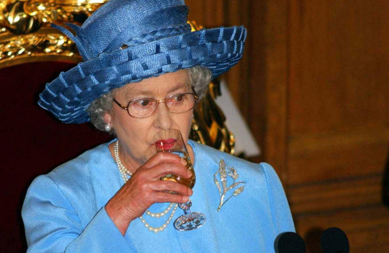 Queen Elizabeth to have lunch with Prince Harry at Windsor Castle