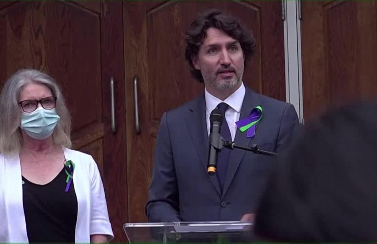 'They were loved': Trudeau mourns Muslim family