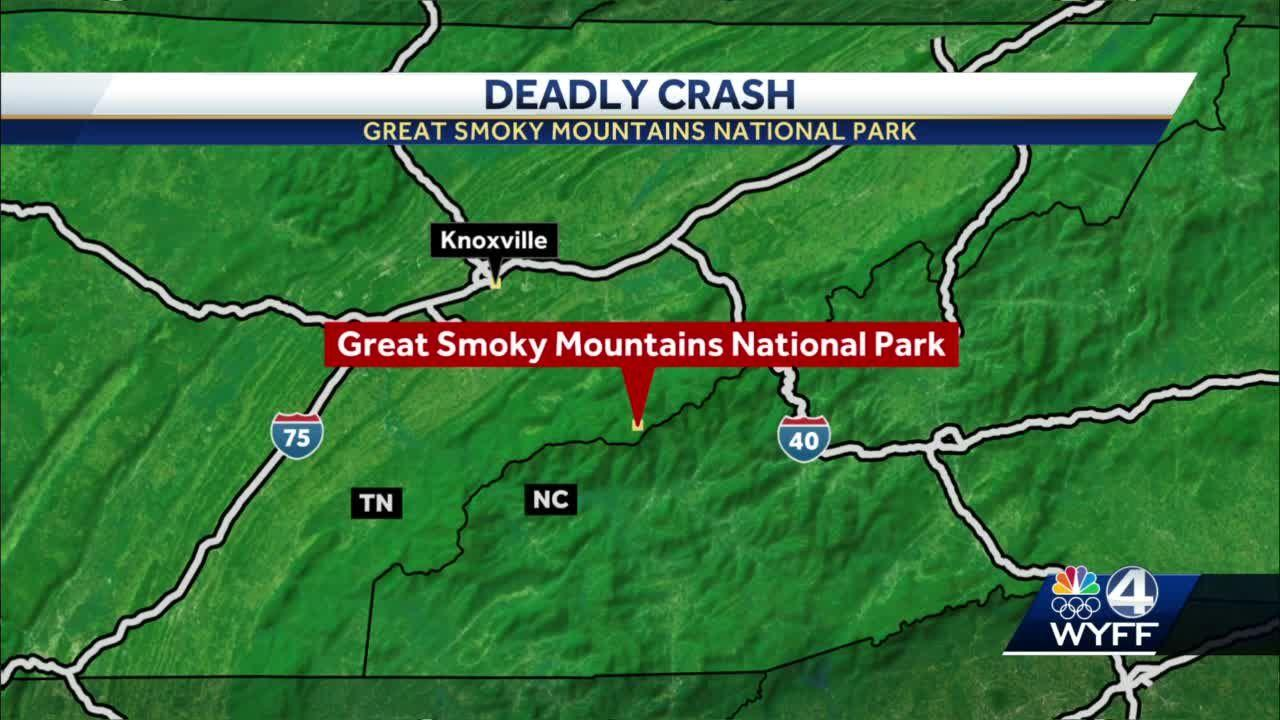 19-year-old killed, 2 other people injured when car hits rock hillside in Smoky Mountain National Park
