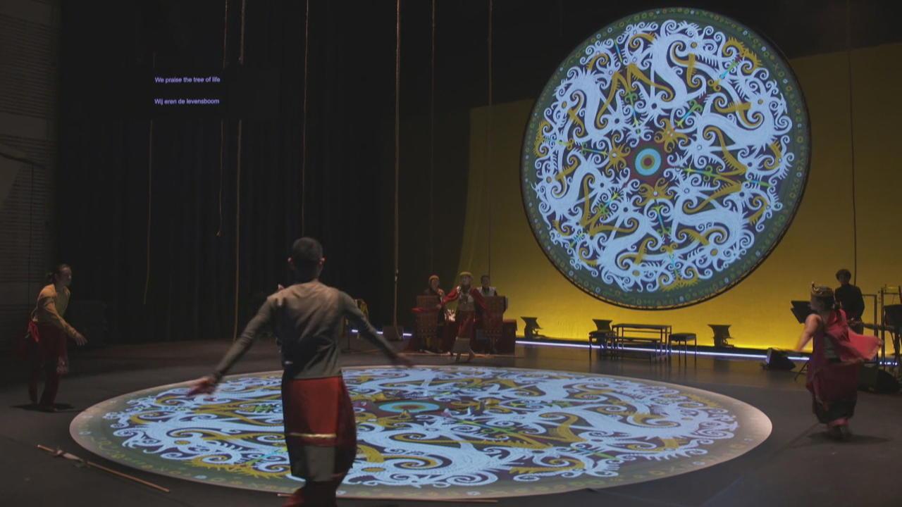 Netherlands opera performers send anti-deforestation message