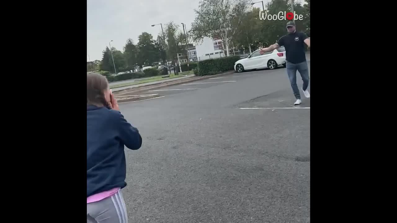 UK dad returns home after 10 months to surprise unsuspecting daughter