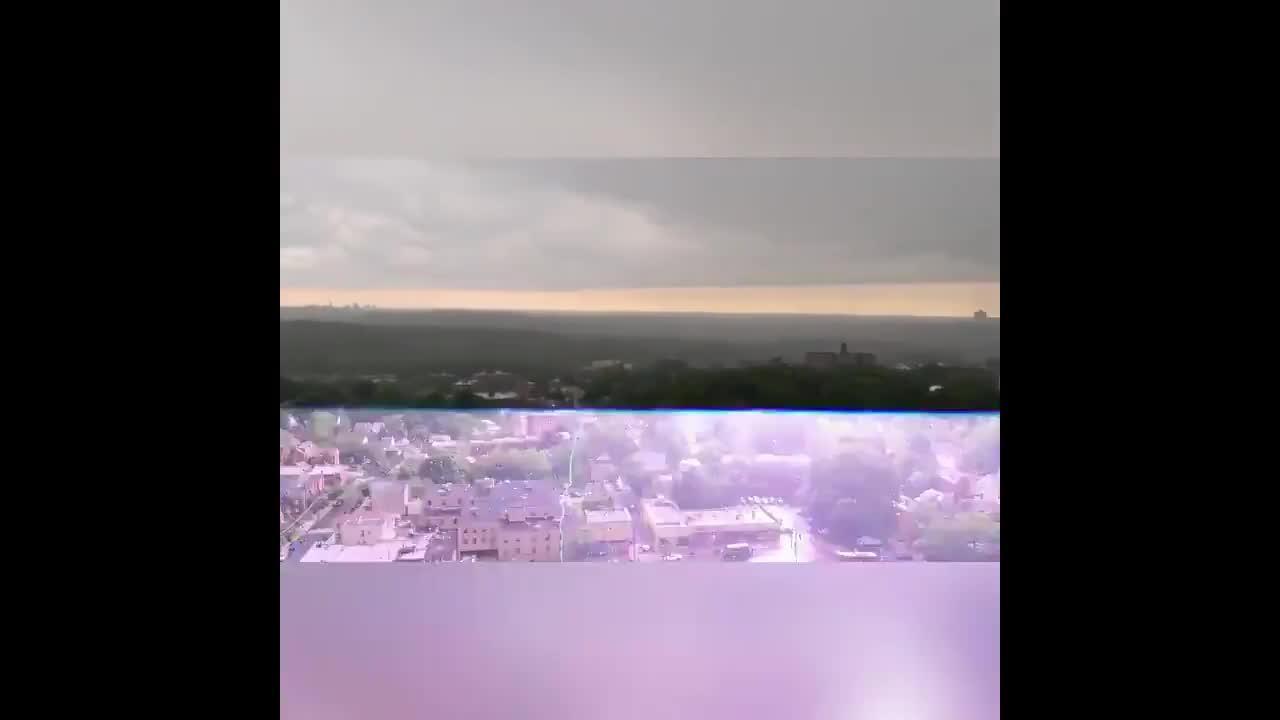 Massive lightning strike hits Bronx, New York